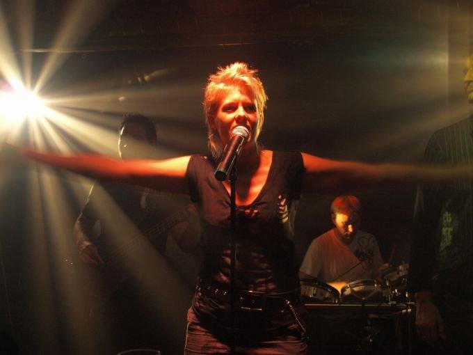 Simone-Kangaroo1